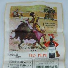 Tauromaquia: CARTEL DE LA PLAZA DE TOROS DE JEREZ, FERIA DE MAYO 1973, EN SEDA, PUBLICIDAD DE TIO PEPE. MIDE 48 X. Lote 183068952