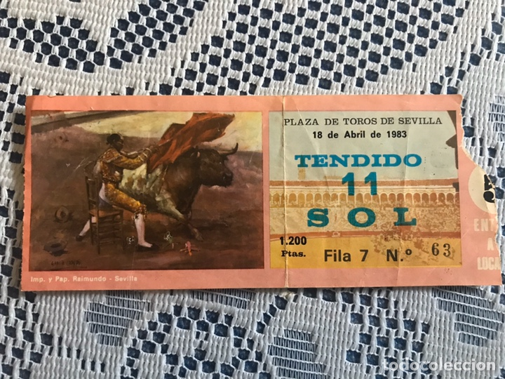 ENTRADA DE TOROS 18 DE ABRIL 1983 PLAZA DE TOROS DE SEVILLA (Coleccionismo - Tauromaquia)