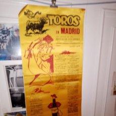 Tauromaquia: CARTEL DE SEDA TORO EN MADRID SAN ISIDRO 1977 GRANDES CORRIDAS EXTRAORDINARIA M. 25 X 50. Lote 194370673