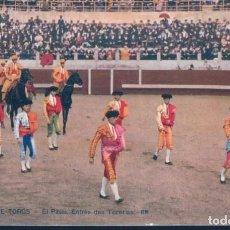 Tauromaquia: POSTAL CORRIDA DE TOROS - EL PASEO - ENTREE DES TOREROS - RM - D'ART ROSTAN & MUNIER. Lote 194569230