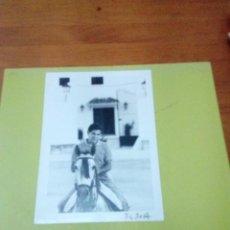 Tauromaquia: FOTO DE TORERO. ARCIVO DE DIARIO. FRANCISCO RUIZ MIGUEL. EST24B7. Lote 194908982