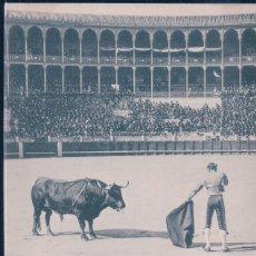 Tauromaquia: POSTAL 997 HAUSER Y MENET CORRIDA DE TOROS - FUENTES ENTRANDO A MATAR - SANCHEZ LOPEZ - SIN DIVIDIR. Lote 195306265
