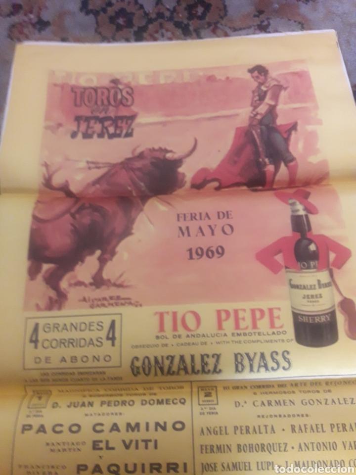 Tauromaquia: Cartel de toros de seda, Jerez 1969 - Foto 2 - 199214495