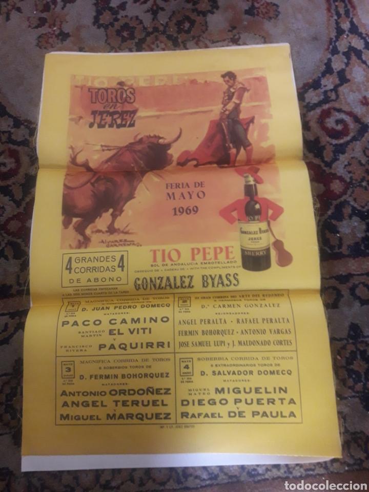 CARTEL DE TOROS DE SEDA, JEREZ 1969 (Coleccionismo - Tauromaquia)