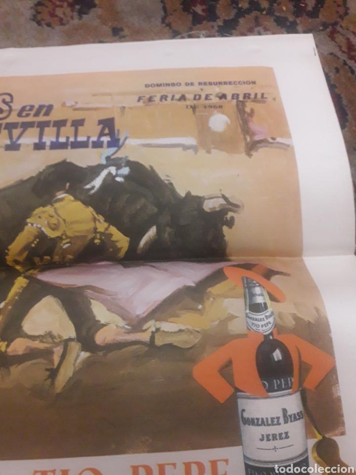 Tauromaquia: Cartel de toros de seda, Sevilla, 1968 - Foto 2 - 199214918