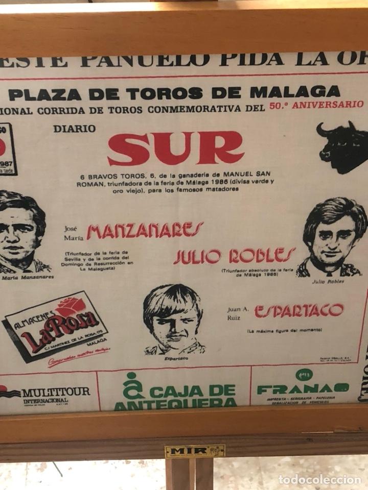 Tauromaquia: Bonito pañuelo enmarcado, corrida 1987 - Foto 2 - 199800957