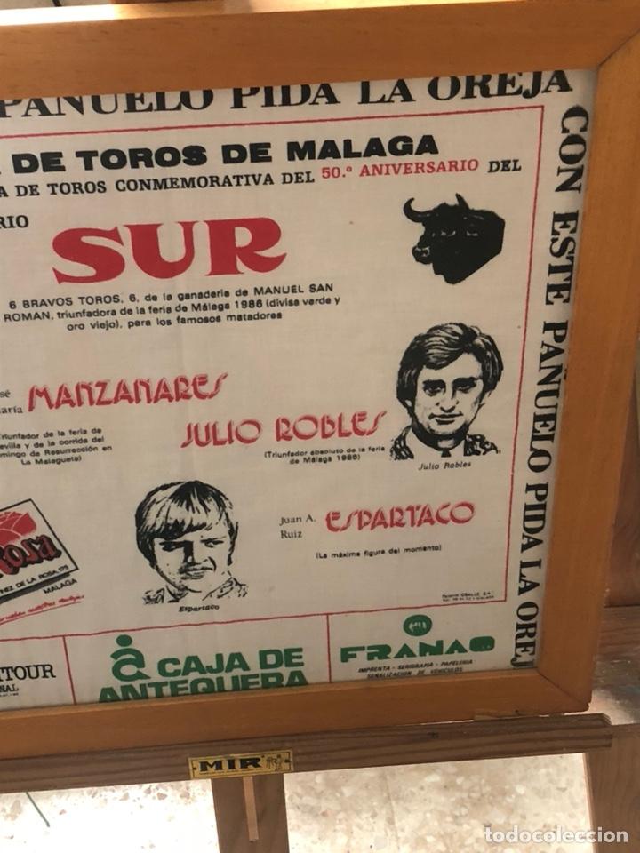 Tauromaquia: Bonito pañuelo enmarcado, corrida 1987 - Foto 4 - 199800957