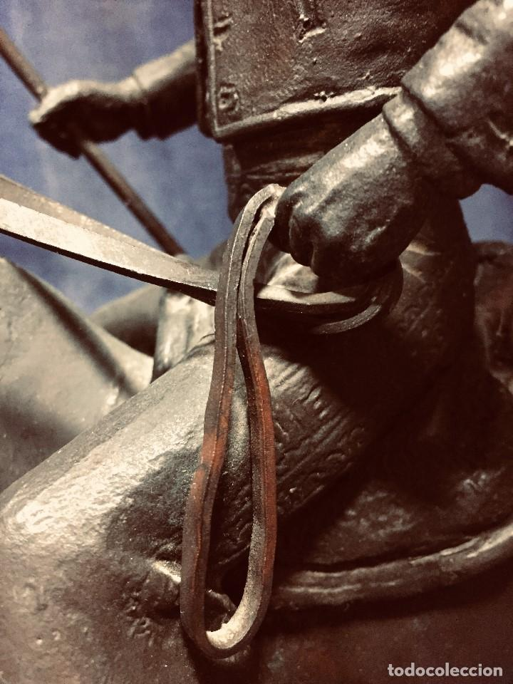 Tauromaquia: bronce tauromaquia toros garrochista caballo sombrero cordobes firma moran 8/100 1983 43x38cms - Foto 5 - 203790133
