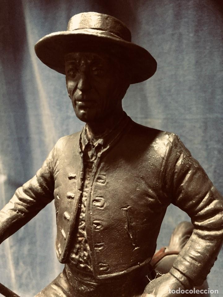 Tauromaquia: bronce tauromaquia toros garrochista caballo sombrero cordobes firma moran 8/100 1983 43x38cms - Foto 8 - 203790133