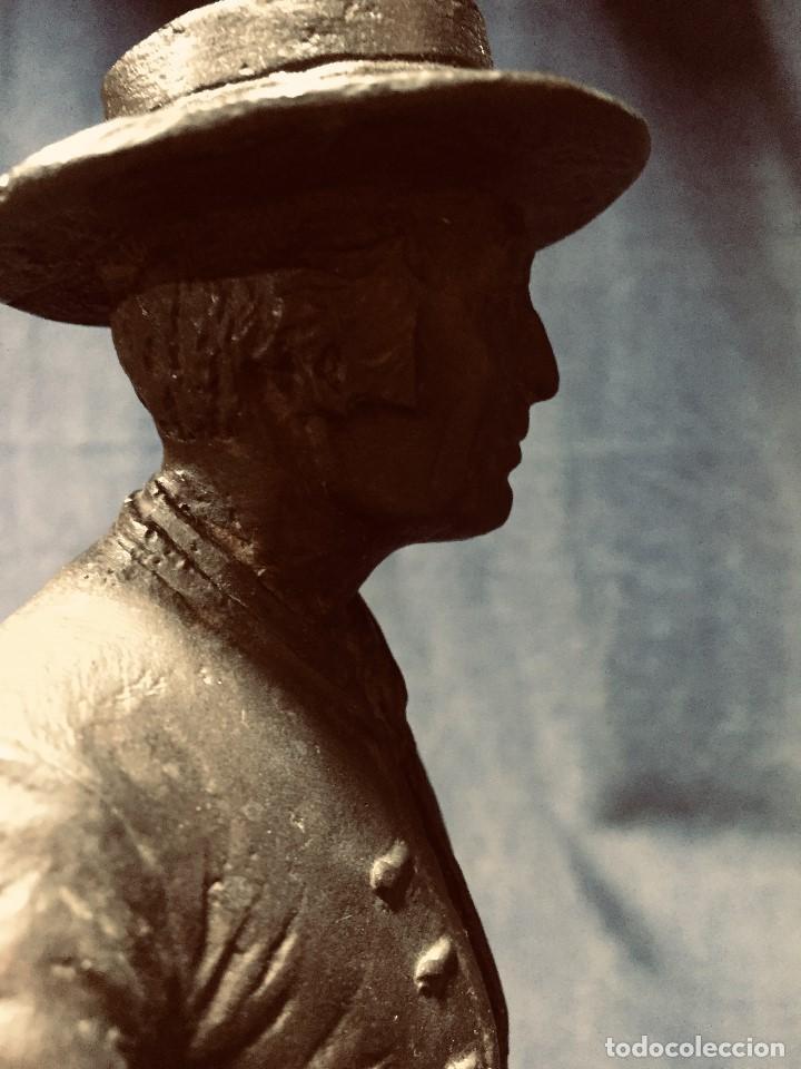 Tauromaquia: bronce tauromaquia toros garrochista caballo sombrero cordobes firma moran 8/100 1983 43x38cms - Foto 10 - 203790133