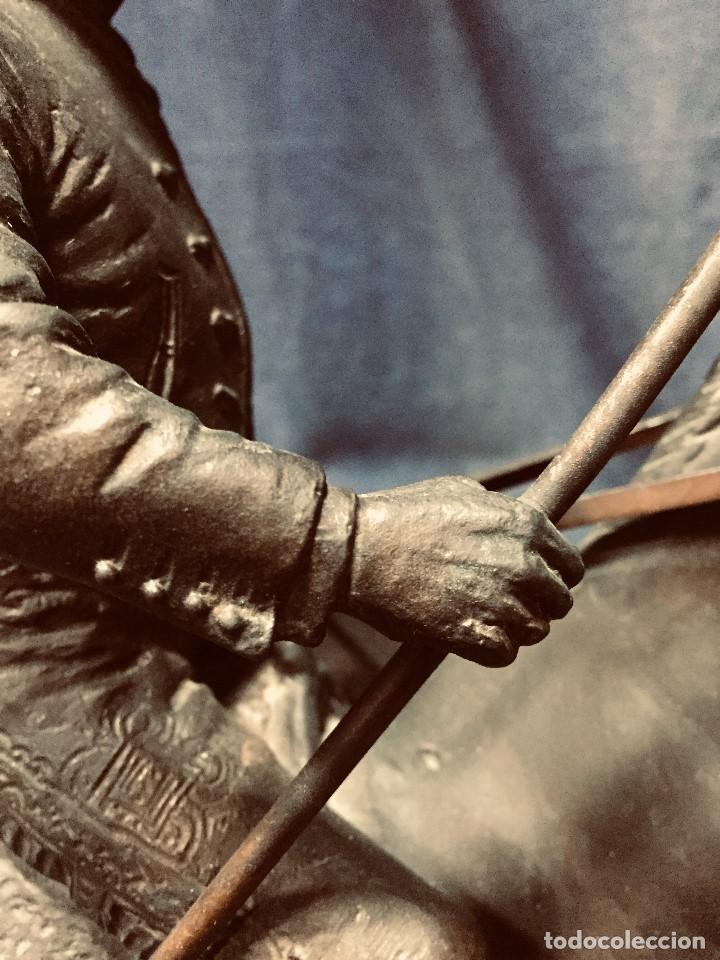 Tauromaquia: bronce tauromaquia toros garrochista caballo sombrero cordobes firma moran 8/100 1983 43x38cms - Foto 11 - 203790133