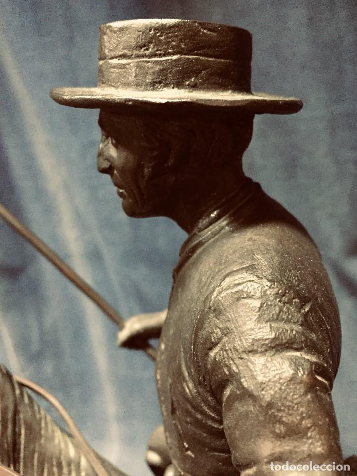 Tauromaquia: bronce tauromaquia toros garrochista caballo sombrero cordobes firma moran 8/100 1983 43x38cms - Foto 23 - 203790133