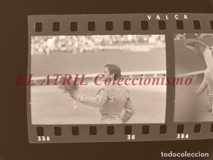 VALENCIA TOROS FALLAS AÑO 1965, 33 CLICHES NEGATIVOS DE 35 MM EN CELULOIDE, PUERTA, CAMINO, MACARENO (Coleccionismo - Tauromaquia)