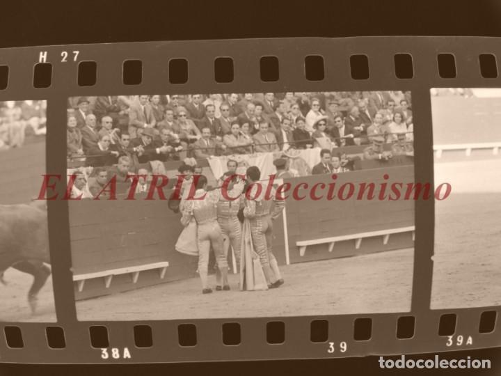 Tauromaquia: VALENCIA TOROS FALLAS AÑO 1965, 33 CLICHES NEGATIVOS DE 35 mm EN CELULOIDE, PUERTA, CAMINO, MACARENO - Foto 9 - 210670572