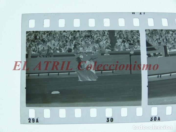 Tauromaquia: VALENCIA TOROS FALLAS AÑO 1965, 33 CLICHES NEGATIVOS DE 35 mm EN CELULOIDE, PUERTA, CAMINO, MACARENO - Foto 32 - 210670572