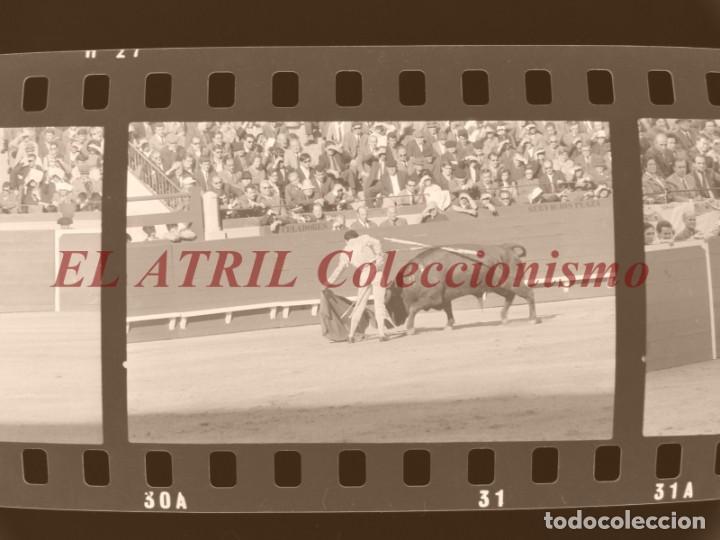Tauromaquia: VALENCIA TOROS FALLAS AÑO 1965, 33 CLICHES NEGATIVOS DE 35 mm EN CELULOIDE, PUERTA, CAMINO, MACARENO - Foto 33 - 210670572
