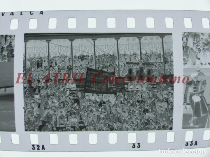 Tauromaquia: VALENCIA TOROS FALLAS AÑO 1965, 33 CLICHES NEGATIVOS DE 35 mm EN CELULOIDE, PUERTA, CAMINO, MACARENO - Foto 38 - 210670572