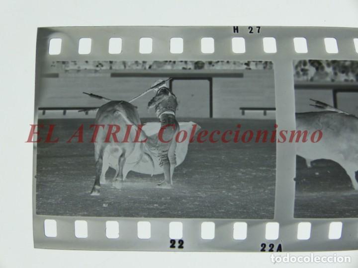 Tauromaquia: VALENCIA TOROS FALLAS AÑO 1965, 33 CLICHES NEGATIVOS DE 35 mm EN CELULOIDE, PUERTA, CAMINO, MACARENO - Foto 46 - 210670572