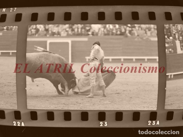 Tauromaquia: VALENCIA TOROS FALLAS AÑO 1965, 33 CLICHES NEGATIVOS DE 35 mm EN CELULOIDE, PUERTA, CAMINO, MACARENO - Foto 47 - 210670572