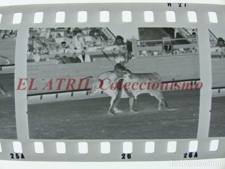 Tauromaquia: VALENCIA TOROS FALLAS AÑO 1965, 33 CLICHES NEGATIVOS DE 35 mm EN CELULOIDE, PUERTA, CAMINO, MACARENO - Foto 54 - 210670572