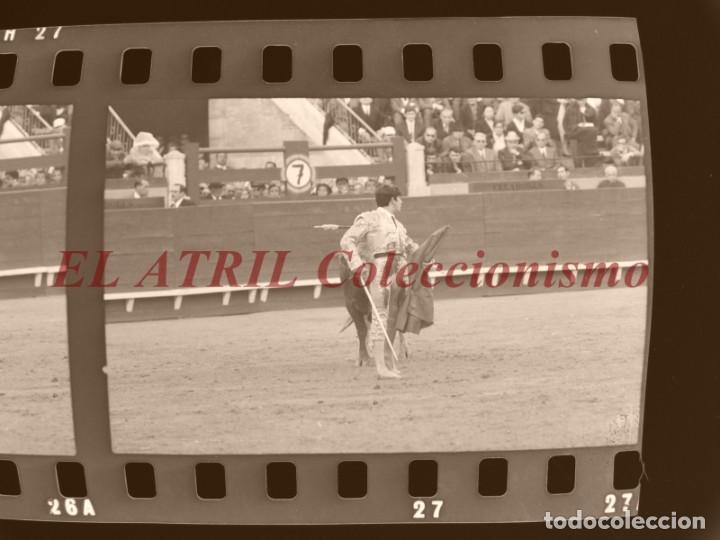 Tauromaquia: VALENCIA TOROS FALLAS AÑO 1965, 33 CLICHES NEGATIVOS DE 35 mm EN CELULOIDE, PUERTA, CAMINO, MACARENO - Foto 55 - 210670572