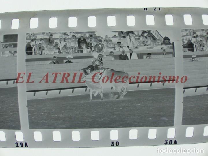 Tauromaquia: VALENCIA TOROS FALLAS AÑO 1965, 33 CLICHES NEGATIVOS DE 35 mm EN CELULOIDE, PUERTA, CAMINO, MACARENO - Foto 64 - 210670572