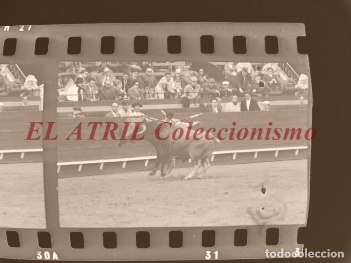 Tauromaquia: VALENCIA TOROS FALLAS AÑO 1965, 33 CLICHES NEGATIVOS DE 35 mm EN CELULOIDE, PUERTA, CAMINO, MACARENO - Foto 65 - 210670572