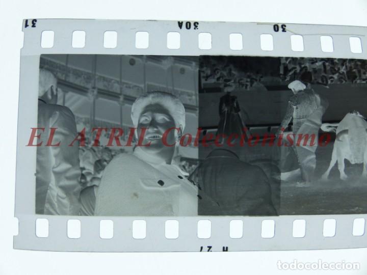 Tauromaquia: VALENCIA TOROS FALLAS AÑO 1965, 33 CLICHES NEGATIVOS DE 35 mm EN CELULOIDE, PUERTA, CAMINO, MACARENO - Foto 78 - 210670572