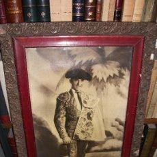 Tauromaquia: FOTOGRAFIA DEL TORERO ALFREDO CORROCHANO C. 1935 RETRATO TOROS ENMARCADA - MADRID GRANADA. Lote 211864210