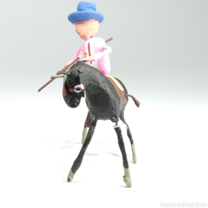 Tauromaquia: Preciosa colección taurina, figuras de barro y alambre, toreros, picadores, mulillas, años 50-60 - Foto 26 - 212177837