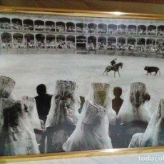 Tauromaquia: ANTIGUA FOTO ENMARCADA -TEMA TAURINO CORRIDA DE TOROS. Lote 219453538