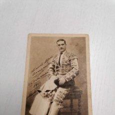 Tauromaquia: TARGETA FOTOCROMO CON LA BIOGRAFIA DE MANUEL MEJIAS BIENVENIDA+EL PAPA NEGRO* MADRID 1913. Lote 222471938