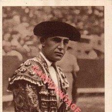 Tauromaquia: POSTAL TORERO IGNACIO SÁNCHEZ MEJÍA CON BIOGRAFÍA ALBUM CURRO MELOJA 1945. Lote 224759670