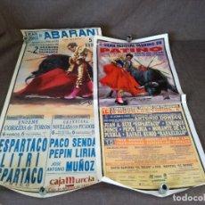 Tauromaquia: LOTE DE 2 CARTELES DE TOROS DE GRAN FORMATO, ABARÁN Y PATIÑO, 1990 Y 2004, UNOS 73 X 34 CMS.. Lote 234918875
