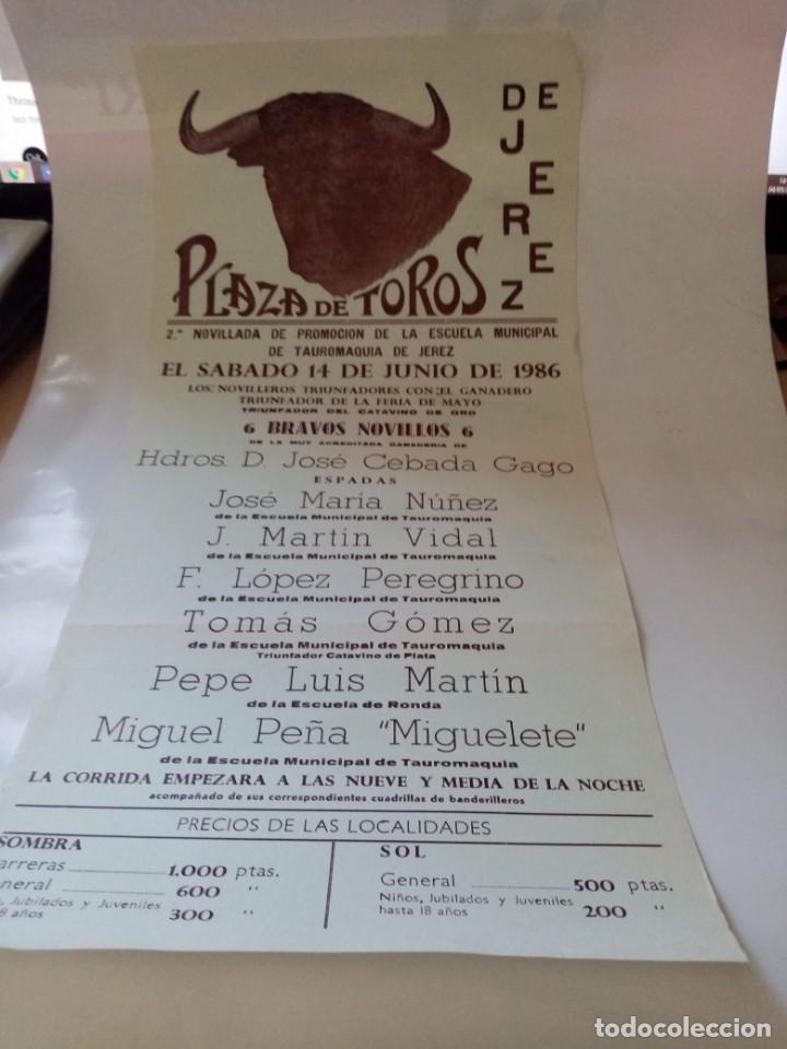 PLAZA DE TOROS DE JEREZ NOVILLADA DE PROMOCION ESCUELE DE TAUROMAQUIA DE JEREZ MEDIDA18 X 43 (Coleccionismo - Tauromaquia)