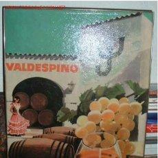 Coleccionismo de vinos y licores: CARTEL PUBLICITARIO COÑAC VALDESPINO DE MADERA PRENSADA. Lote 713622