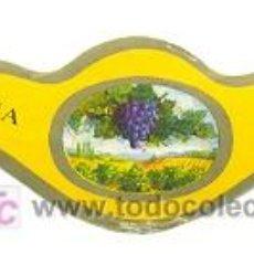 Coleccionismo de vinos y licores: ETIQUETA DE VIÑA CRUZ. Lote 10123791