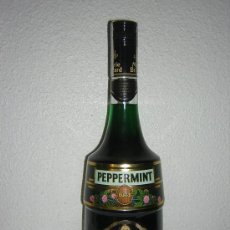 Coleccionismo de vinos y licores: VIEJA BOTELLA DE PEPPERMINT MARIA BRIZARD. Lote 26285905