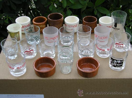 25 VASITOS DE CHUPITOS (Coleccionismo - Botellas y Bebidas - Vinos, Licores y Aguardientes)