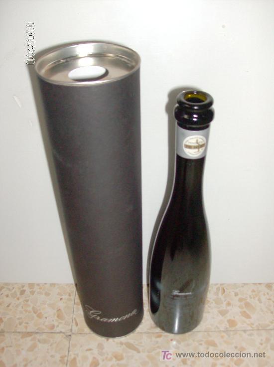 Coleccionismo de vinos y licores: BOTELLA CAVA FRISANT DE GRAMONA VACÍA CON PORTABOTELLAS BOTELLA SERIGRAFIADA 375ml - Foto 2 - 27524398