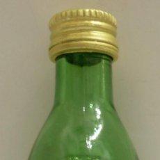 Coleccionismo de vinos y licores: BOTELLIN DE WHISKY ESCOCES GLENFIDDICH. DESTILERIAS WULLIAM GRANT & SONS LTD. ESCOCIA.. Lote 52280028