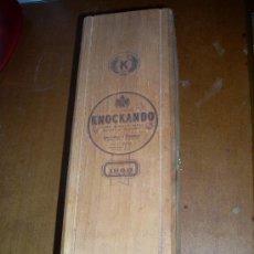 Coleccionismo de vinos y licores: CAJA DE MADERA DE KNOCKANDO PURE SINGLE MALT SCOTCH WHISKY 1980.. Lote 21480671