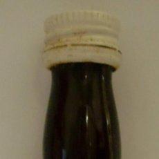 Coleccionismo de vinos y licores: BOTELLIN DE VINO OLD BROWN SHERRY CARTAGO. BODEGAS JOSE BUSTAMANTE S.L. JEREZ DE LA FRA. CADIZ.. Lote 23874107