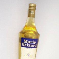 Coleccionismo de vinos y licores: ANTIGUA BOTELLA DE ANÍS MARIE BRIZARD, CON SELLO DE 4 PTAS. 1 LITRO. Lote 26730064