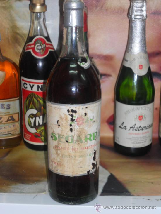 BOTELLA ANTIGUA BRANDY SUPERIOR SEGARRA BRANDY DEL MAESTRAZGO CORCHO PLOMO 80 CTMOS (Coleccionismo - Botellas y Bebidas - Vinos, Licores y Aguardientes)