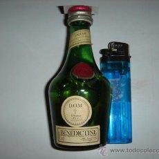 Coleccionismo de vinos y licores: BOTELLIN DE LICOR BÉNÉDICTINE.. Lote 28411259