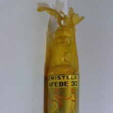Coleccionismo de vinos y licores: BOTELLIN AFEDE 32 MISTELA BODEGAS CORELLA EL VILLAR NAVARRA LLENA.. Lote 41650416