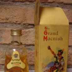 Coleccionismo de vinos y licores: BOTELLIN GUISQUI WHISKY THE GRAND MACNISH SCOTCH. Lote 29996720