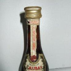 Coleccionismo de vinos y licores: BOTELLIN MINIATURA LICOR CALISAY - DESTILERIAS MOLLFULLEDA - ARENYS DE MAR - 10 CM. Lote 31012658