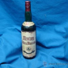 Coleccionismo de vinos y licores: ANTÍGUA BOTELLA DE LICOR MONTROY PEDRO MOSANA - VIEJISIMO - COSECHA 1900. Lote 37695173
